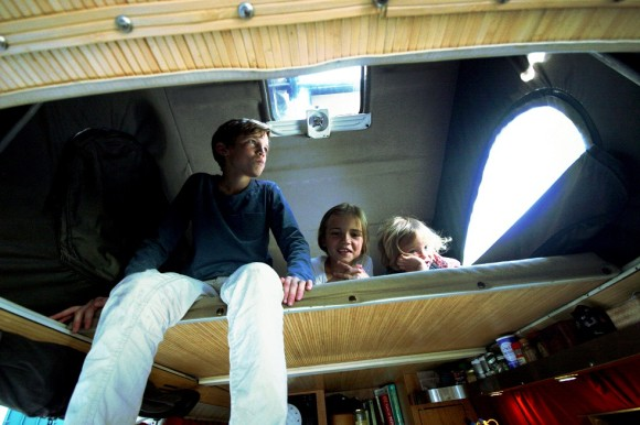 Alexandre and the little ladies test out the top bunk, no doubt impressed by Nacho's hidden rooms and ceiling to floor windows.